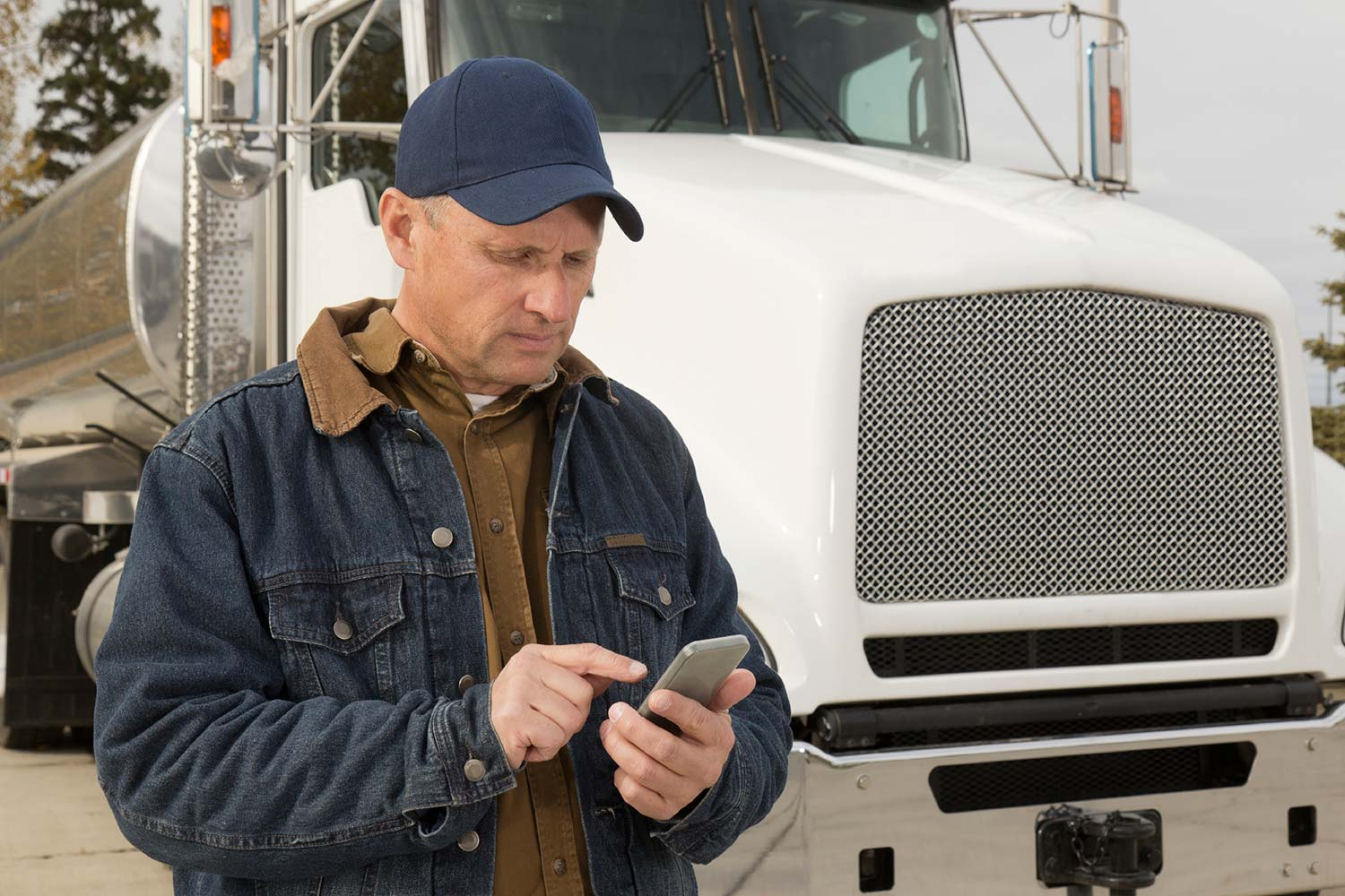Risk managers can help to increase driver safety through fleet management systems.