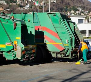 trash compactor-660407-edited